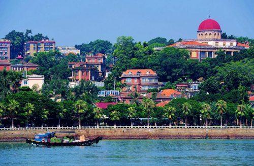 A ilha é reconhecida por sua beleza